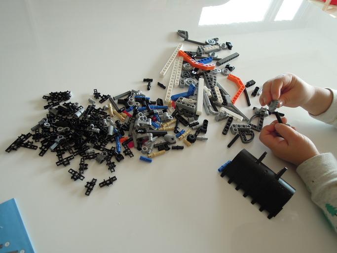 레고 테크닉 컴팩트 로더 42032 조립기7