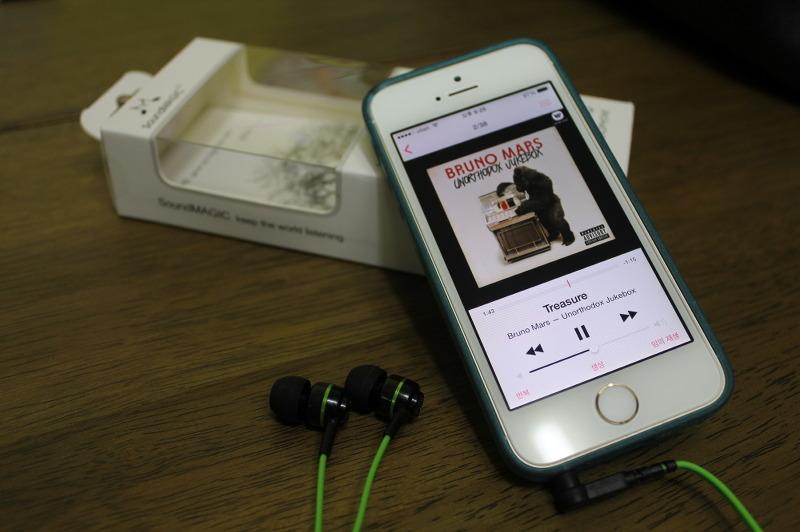 가성비 좋은 이어폰,이어폰, 스마트폰 이어폰, 음질 좋은 이어폰. 아이폰 이어폰, 가성비 이어폰, 커널형 이어폰, 헤드폰 이어폰추천, 음질좋은 이어폰 추천, 대륙의 실수, 대륙의 명기, 사운드매직 이어폰 ES18, SoundMAGIC IN-EAR HEADPHONE