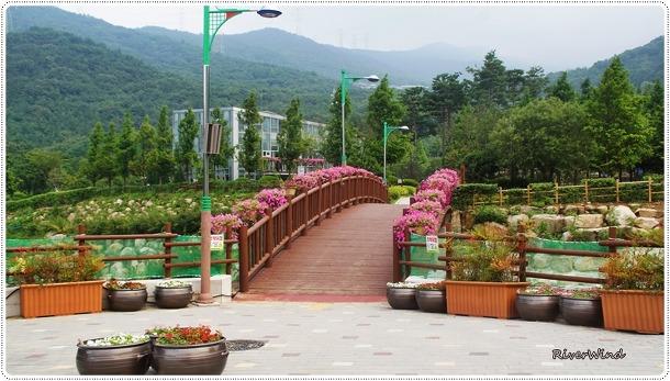 부산의 계곡피서지-화명수목원