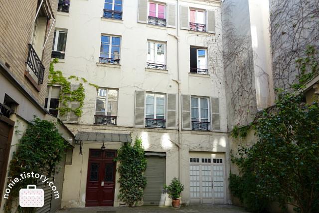 파리 에어비앤비 추천 숙소! 마레 보쥬광장의 아름다운 아파트