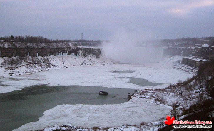 캐나다 동부여행 나아이가라 폭포 겨울
