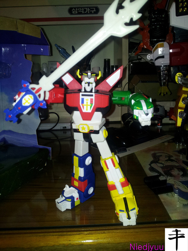 Mattel Voltron-SDCC Edition-Blazing Sword