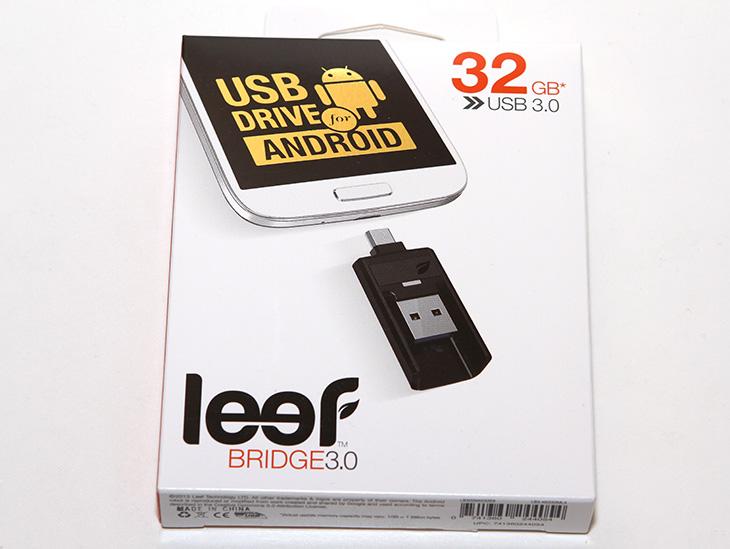 갤럭시S6 OTG, USB 메모리, Leef BRIDGE 3.0 후기,IT,IT 제품리뷰,후기,사용기,갤럭시S6 OTG USB 메모리 Leef BRIDGE 3.0 후기를 올려봅니다. Galaxy S6의 경우 MicroSD를 통해서 메모리 확장이 안됩니다. 물론 기본 저장공간이 큰 것을 선택하면 되겠지만 그것도 용량이 한계가 있죠. 간단하게 용량을 늘리고 싶을 때가 있을 겁니다. 갤럭시S6 OTG USB 메모리 같은 제품으로 말이죠. 대부분 용량이 큰 파일들은 영상이나 음악파일이 대부분일겁니다. 스마트폰으로 파일을 옮기기 위해서 USB 케이블을 자주 연결하는 것도 불편할 수 있을겁니다. Leef BRIDGE 3.0 제품은 저장공간을 늘리고 컴퓨터 USB 메모리로도 활용이 되며 스마트폰 백업 용도로도 활용될 수 있는 제품 입니다. 갤럭시S6 OTG USB 메모리의 간단한 역할 수행 뿐만 아니라 활용하기에 따라서 다양한 작업이 가능합니다. 조금 아쉬운 부분이 있다면 안드로이드용 앱이 없어서 인지 백업을 자동으로 한다거나 또는 플레이어와 연결한다거나 하는 부분은 없었습니다. 물론 걱정은 않아도 됩니다. 안드로이드 스마트폰의 내 폴더나 폴더 관련해서 처리할 수 있는 앱을 이용하면 (기본으로 설치된) 쉽고 간단하게 백업이나 영상 재생 등을 할 수 있습니다.