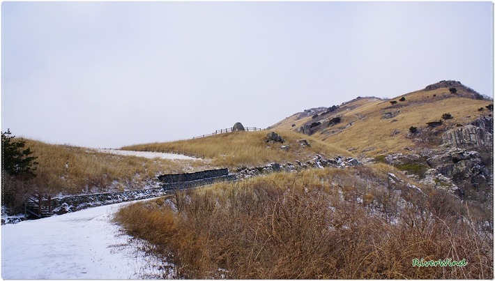 간월재의 적막한 겨울풍경