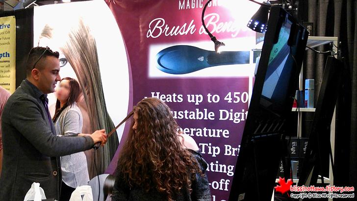 캐나다 최대 규모 '전국 여성 박람회' 헤어 미용 도구