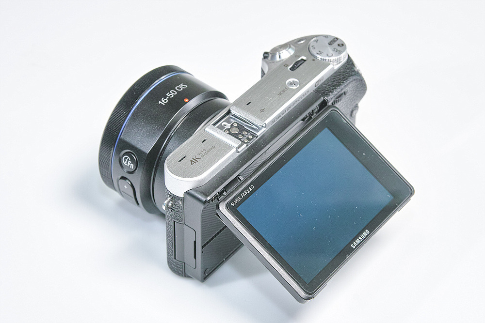 카메라사업 중단으로 삼성의 마지막이 된 nx500 미러리스 카메라 사용소감.