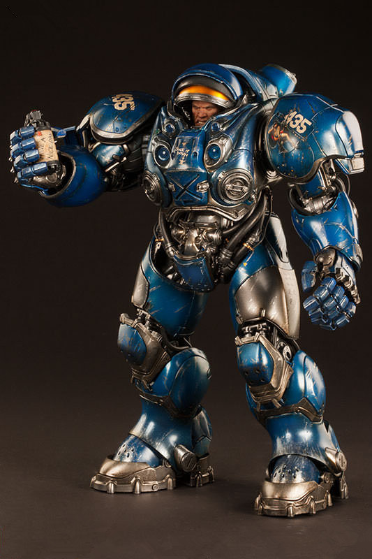 STARCRAFT Tychus Findlay Marine Figure