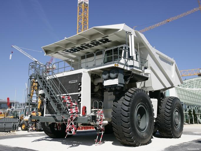 세계에서 가장 거대한 덤프트럭 - 립헬 T282 2