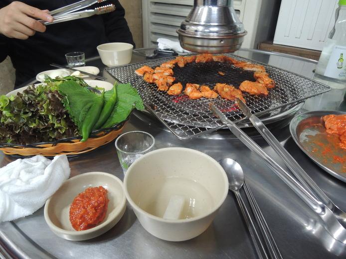 춘천닭갈비 원조 숯불 닭불고기집