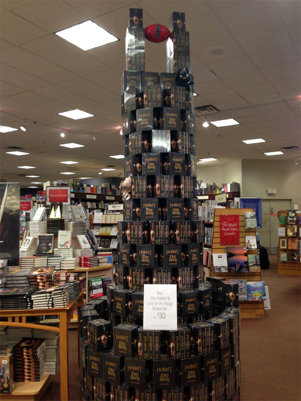 J.R.R. 톨킨(J.R.R. Tolkien) 박스셋 서점 디스플레이의 위엄 - 사우론의 탑, 바랏두르.