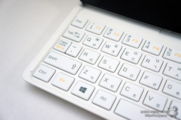 탭북2, 정면, 키보드