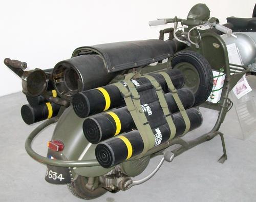 Vespa 150 TAP - The Canon Scooter