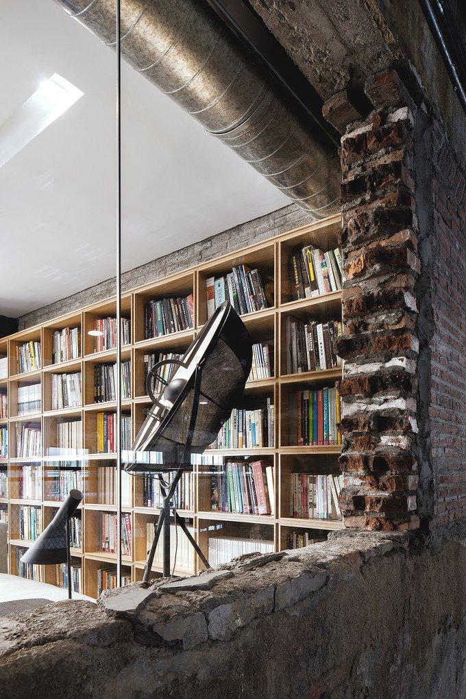 사려깊은 설계와 디자인이 돋보이는 사무실 Narration Renovating For The