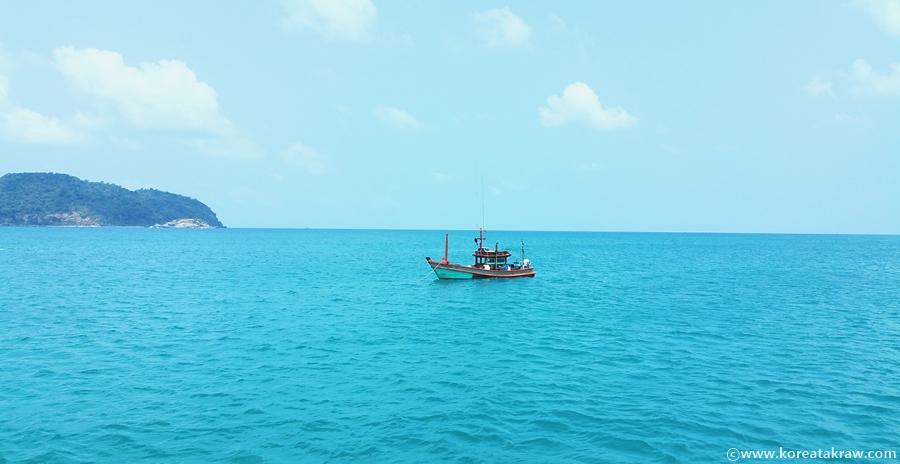 푸켓처럼 아름다운 해변을 즐길 수 있는 파타야 요트 투어