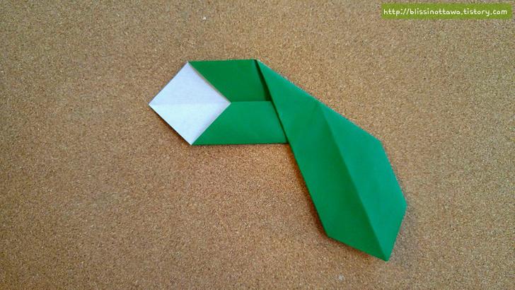 크리스마스 포인세티아 꽃 종이접기 방법