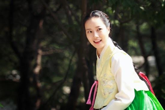 문채원 사진(Moon Chae Won Picture)