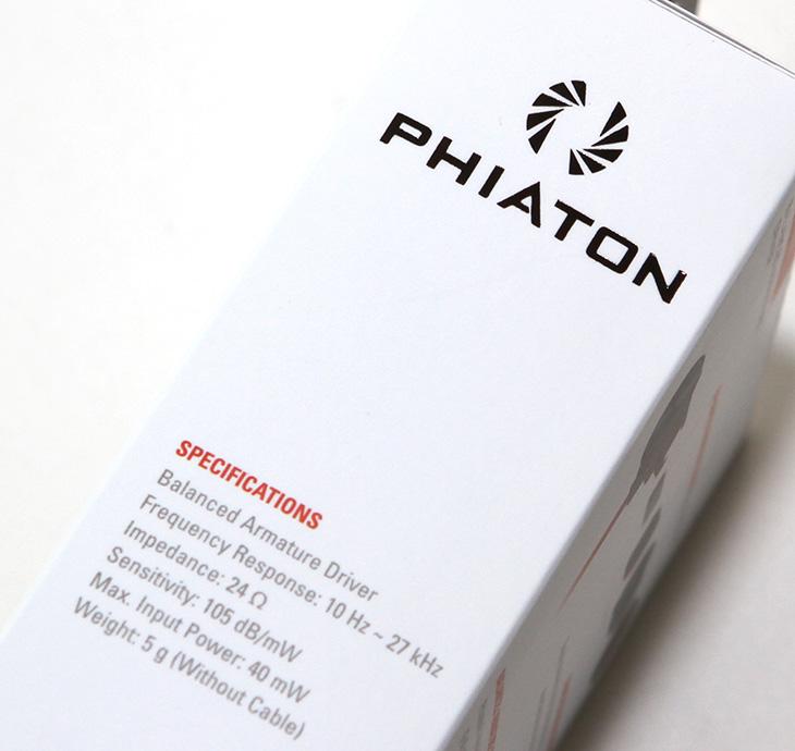 피아톤, PHIATON MS100BA, PHIATON MS100BA 후기 , 피아톤 MS100BA 후기,깔끔한 이어폰,이어폰,IT,IT 제품리뷰,후기,사용기,PHIATON,10만원 이하 이어폰,피아톤 PHIATON MS100BA 후기를 올려봅니다. 상당히 깔끔한 이어폰 이었는데요. 빨간색의 케이블 색상과 검은색의 이어폰 몸체 그리고 조금 반짝이는 재질 등 가격대를 생각해본다면 적당한 이어폰이라는 느낌이 들었습니다. 실제로 음악도 여러가지를 들어봤는데요. 피아톤 PHIATON MS100BA 후기를 준비하면서 느낀점을 적어보면 이어폰의 외형 짜임새는 괜찮았습니다. 케이블은 줄꼬임이 적은 타입으로 되어있어서 실제로 활용시 줄이 엉켜서 정신없거나 하지 않더군요. 사운드도 괜찮았습니다. 좀 더 정확한 느낌 비교를 위해서 스마트폰으로 음악도 들어보고 컴퓨터에 직접 연결해서 CD를 재생해보기도 했는데요. 잔잔하게 깔리는 사운드에서 부드러운 사운드가 상당히 좋게 와닿더군요. 피아톤 PHIATON MS100BA 가격은 10만원 이하대입니다. 1-2만원대의 이어폰들은 써보면 확실히 저렴하다는 느낌이 바로 오는데 이 이어폰은 그런 이어폰보다는 짜임세 부분에서 처음에 좋게 보였기 때문에 느낌이 더 좋네요.