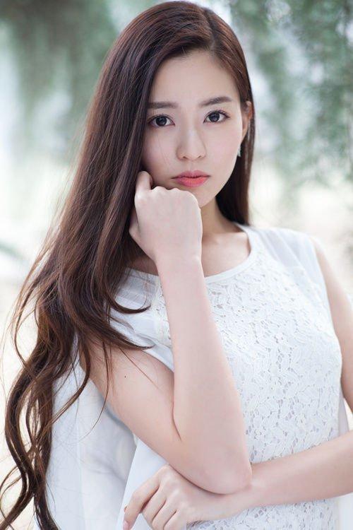 온신(溫心) 중국 모델, 원신