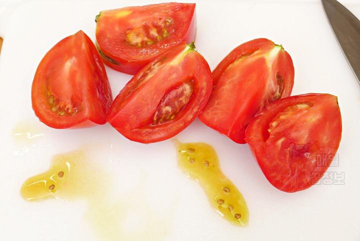 아까운 토마토 과즙 안흘리게 깔끔히 자르기 꿀팁 토마토효능