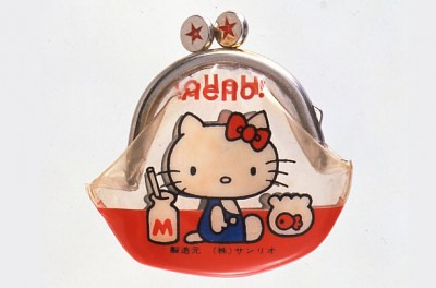30. hello-kitty-1974-first-history