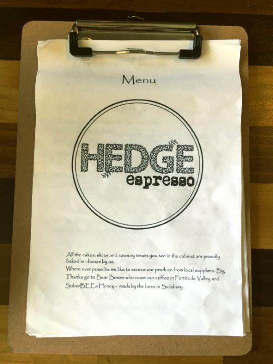 Hedge Espresso 메뉴판 - 신뢰감이 가는 문구가 적혀있다.