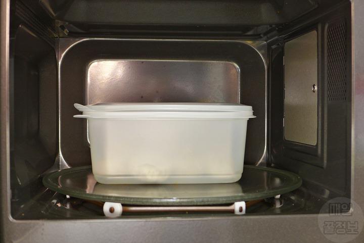 3분만에 전자레인지로 만두 쫄깃하게 찌는 방법 (찜기없이 만두찌기)