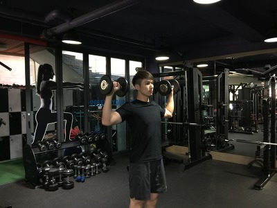 덤벨 숄더 프레스-Dumbbell Shoulder Press