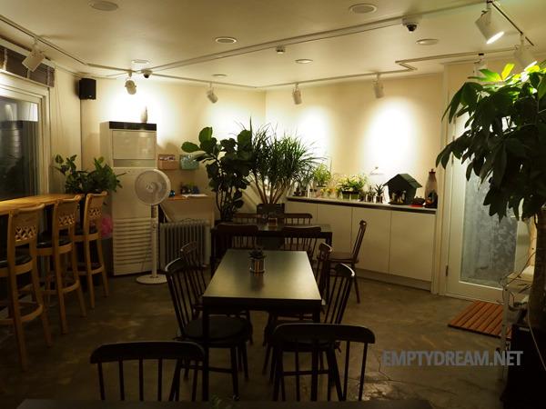 동해시 묵호 논골담길 게스트하우스 겸 카페, 103LAB - 이미 유명한 야경 맛집 103랩