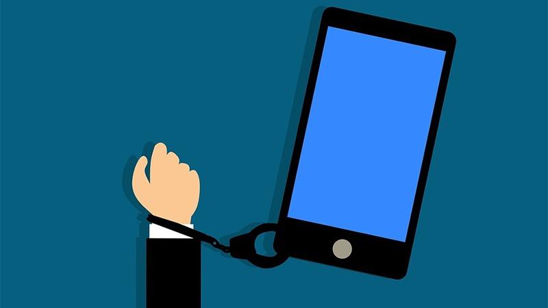 사진: 편리성을 즐기자는 스마트폰의 노예가 된다