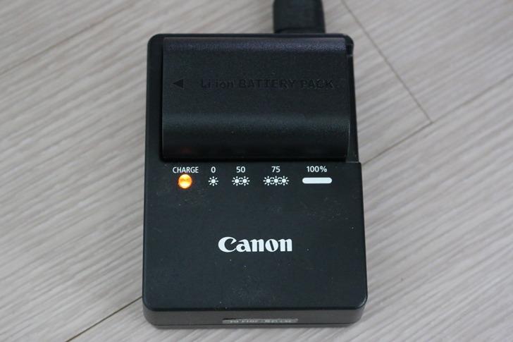 캐논 70d 카메라 LP-E6 호환배터리 충전기세트 구입 및 개봉기