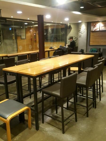 서울 안암오거리 24시간 카페 - 할리스커피 고대점