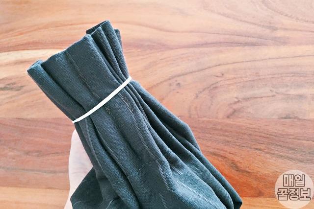 일일이 '커튼 핀' 빼는 귀찮음 생략한 커튼 세탁 꿀팁