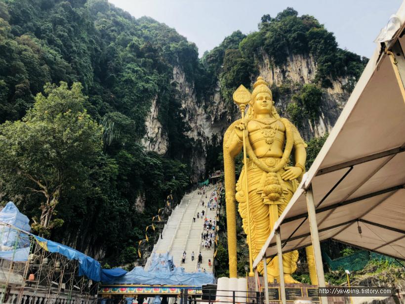 [쿠알라룸푸르] 투어말레이시아 반딧불 투어! 국립모스크와 Batu Caves 바투동굴/말레이시아 쿠알라룸푸르 2박 3일 자유여행/이슬람사원/힌두교사원