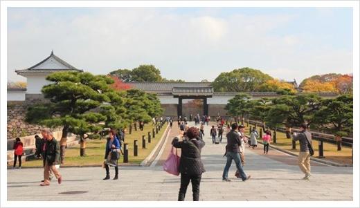 오사카 11월 옷차림