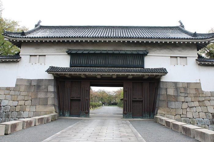 니조성 동쪽 성문