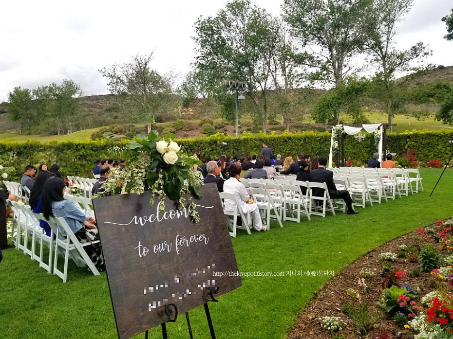 여유로웠던 캘리포니아에서의 야외 결혼식 그리고 웨딩 케이크에 얽힌 이야기 [ 미국 결혼식 문화/ LA 일상 ]1