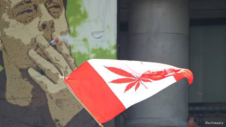 캐나다입니다