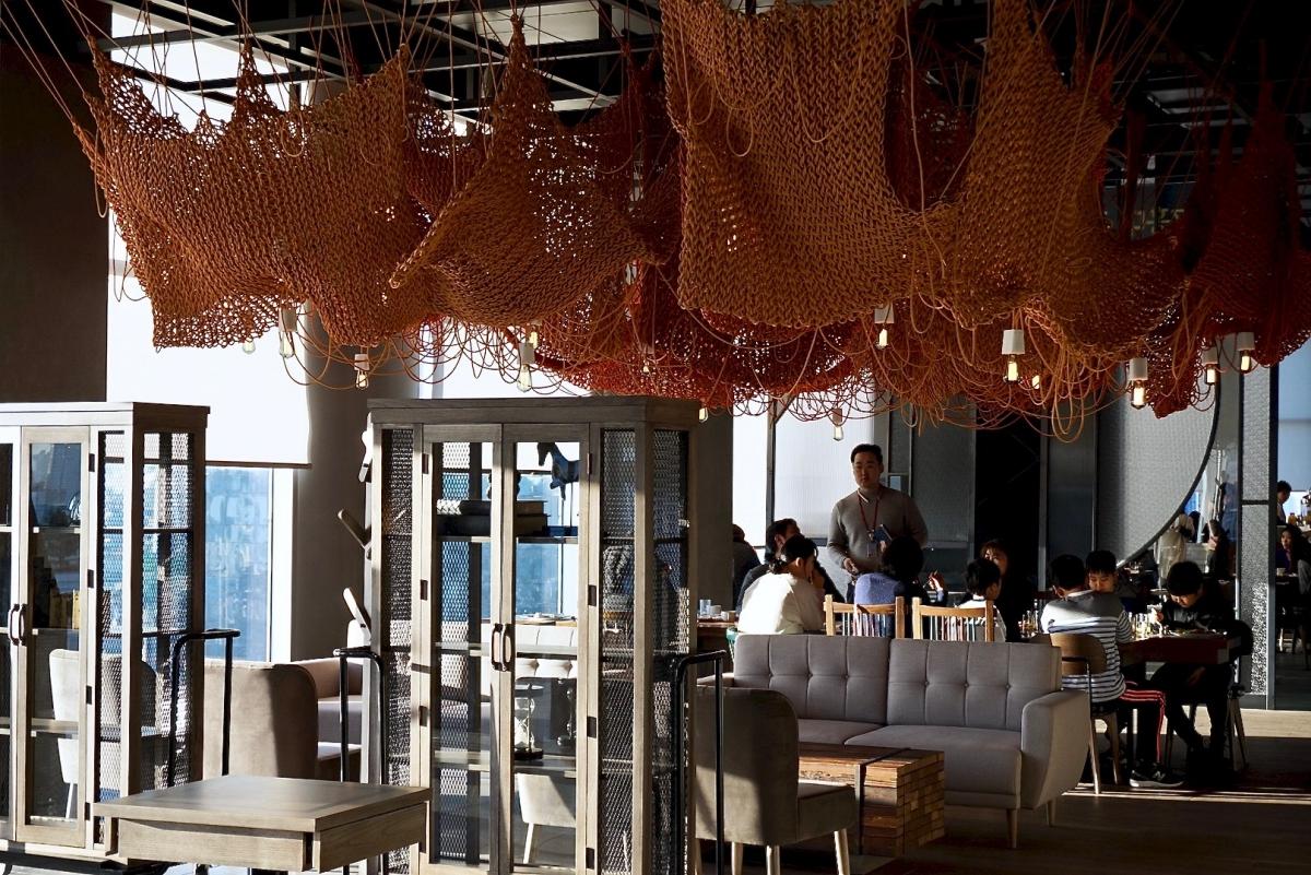 L7 홍대 호텔 21층 레스토랑 플로팅 다이닝