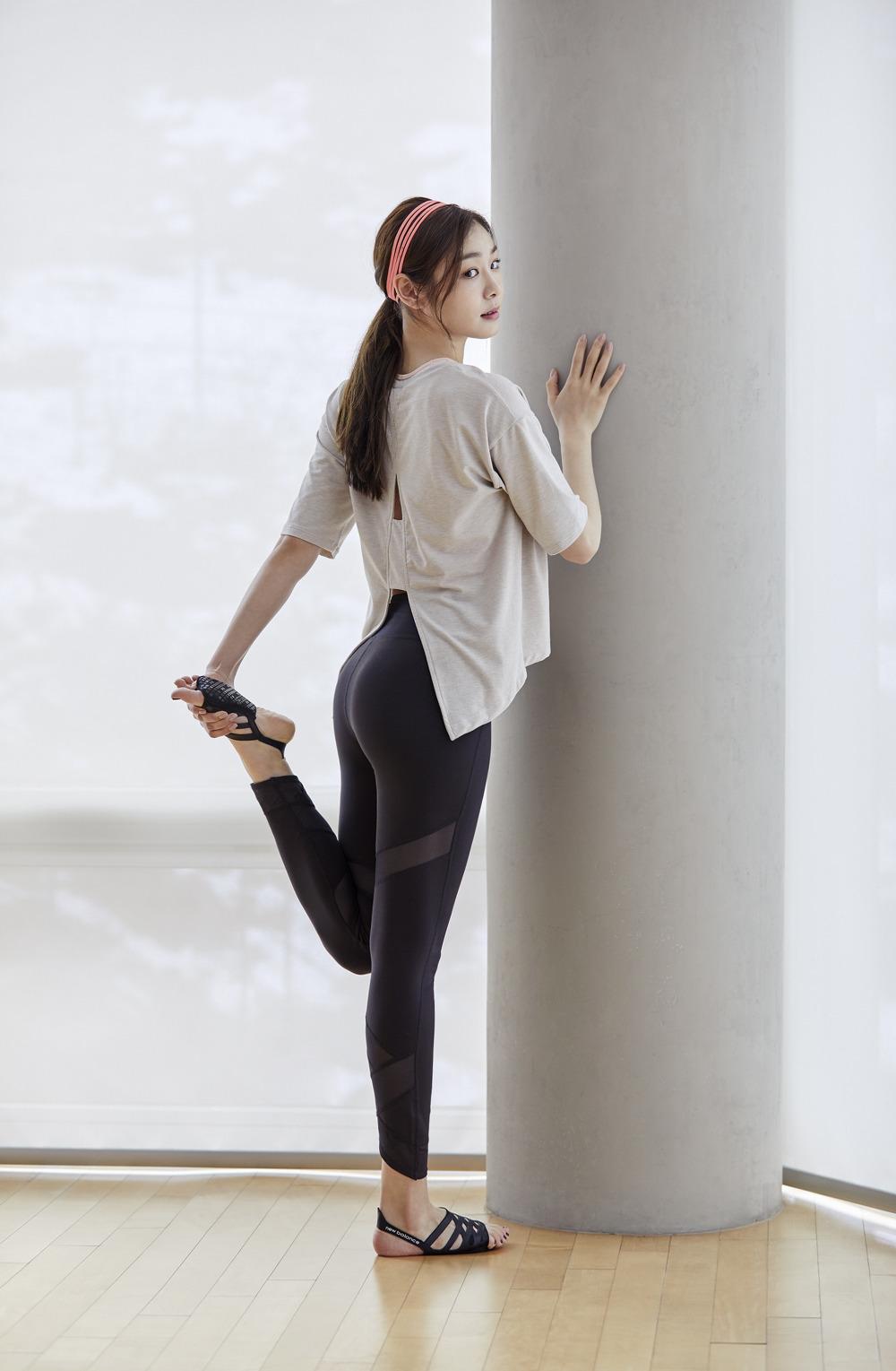 newBalance 2018ss Yuna Kim_13_WOMEN 이볼브 타이츠