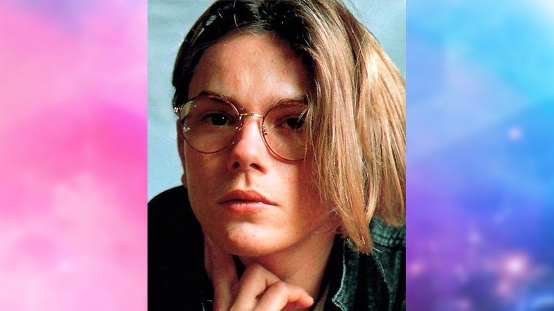 사진: 꽃미남 배우 리버 피닉스(River Jude Phoenix)의 모습. 1990년대 초반, 레오나르도 디카프리오와 라이벌로 불렸다.