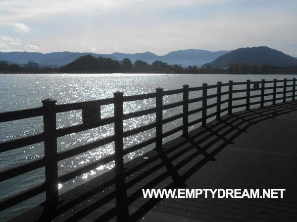 북한강 자전거길: 춘천 신매대교 - 경강교 인증센터