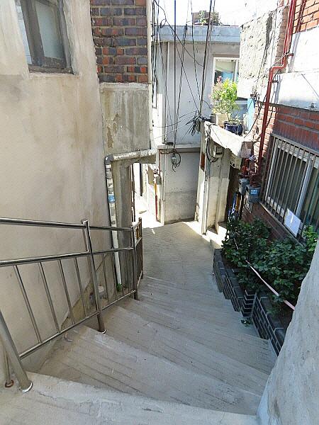충신동 계단