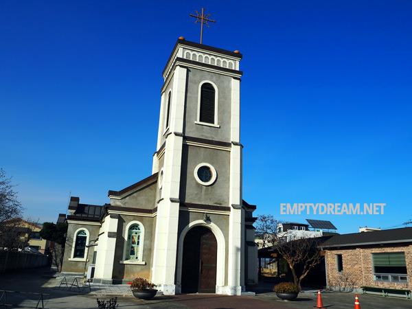 동해 북평성당, 빛이 참 고운 북평오일장 근처 고즈넉한 성당