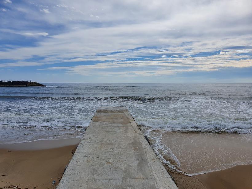 9월초 강릉 여행(7) : 해안 도로변에서 찍은 바다 사진