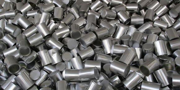 스테인리스와 알루미늄 구조물의 차이를 비교