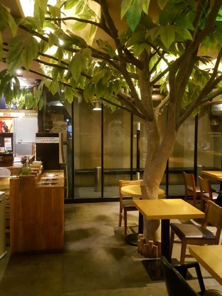 서울 성북구 고려대학교 24시간 카페 - 소울 키친 커피 고대점 (토요일 휴무)