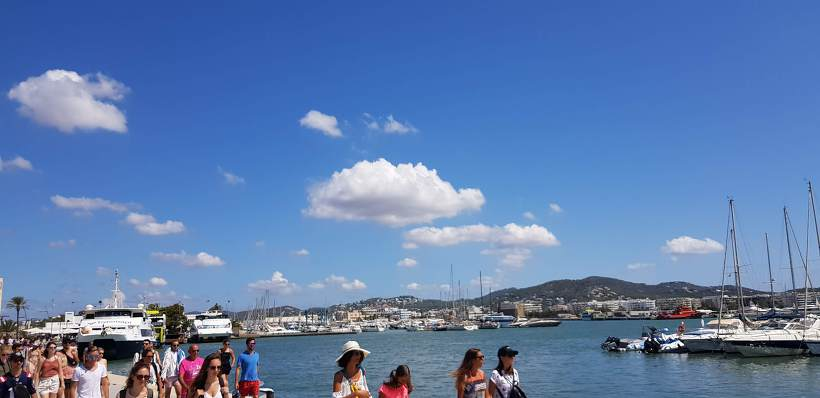포르멘테라 섬 항구