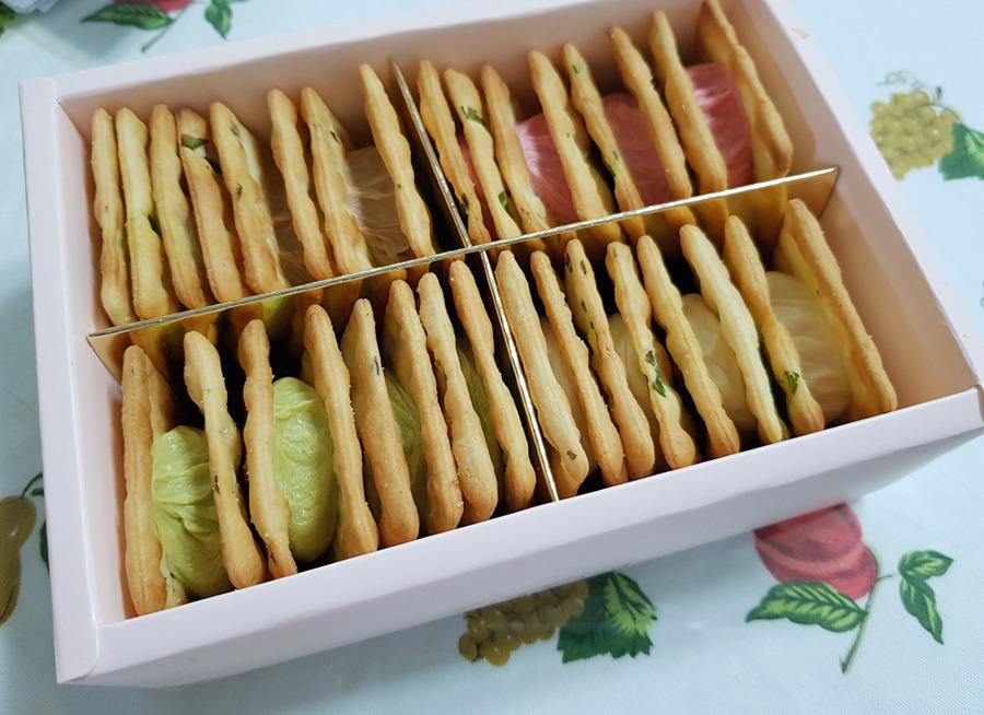 몽샹82 누가크래커 박스