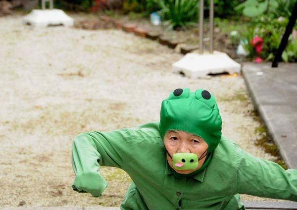 일본의 엽기 사진 전문 할머니5