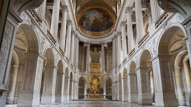 사진: 궁전 영내에 따로 지은 성당의 내부 모습